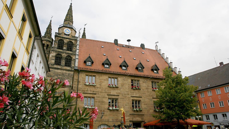 Die Stadt Ansbach hat bekannt gegeben, dass sowohl Frühlingsfest und Mai-Mess, als auch das Altstadtfest wegen der Corona-Pandemie in diesem Jahr abgesagt worden sind.
