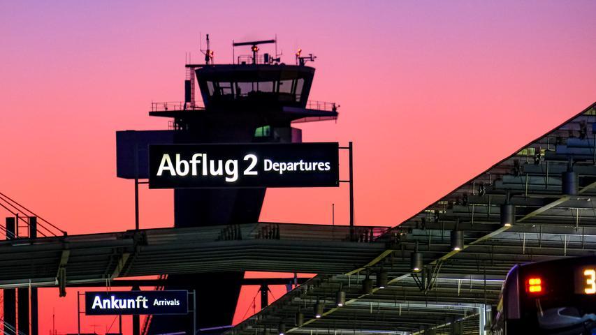 Flugzeuge am Boden: So leer ist der Nürnberger Flughafen in der Corona-Krise
