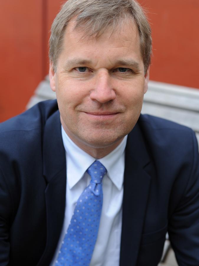 Frieder Lang leitet das Institut für Psychogerontologie, das zur Friedrich-Alexander-Universität gehört und im Nürnberger Norden sitzt.