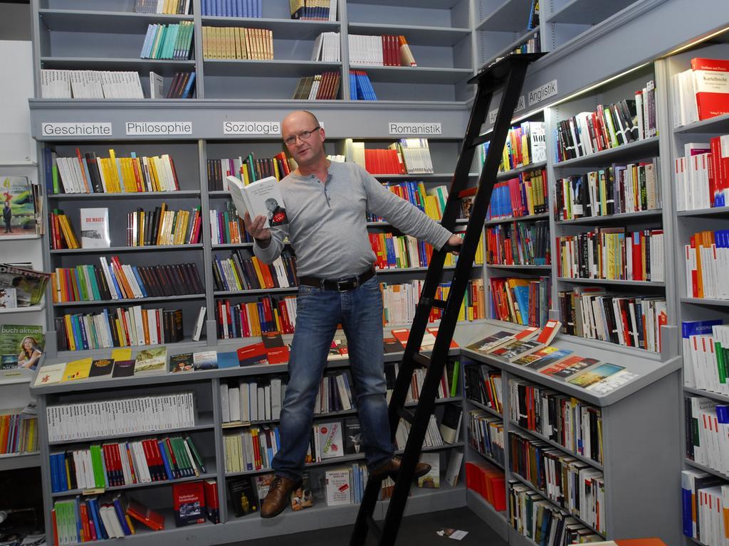 Albert Krapf, Buchhandlung Ex Libris..Foto: Bernd Böhner