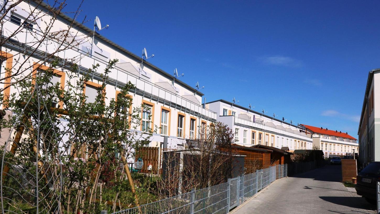 Kennzeichnend für die Reuthsee-Siedlung sind die Reihenhäuser. Das Gebiet ist dicht bebaut.