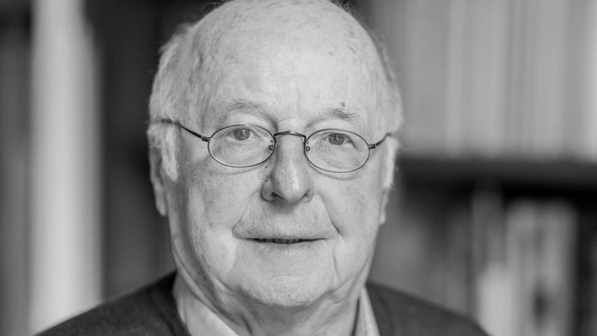 Der frühere Arbeitsminister Norbert Blüm ist im Alter von 84 Jahren gestorben. Er galt in der schwarz-gelben Koalition (1982 - 1998) als