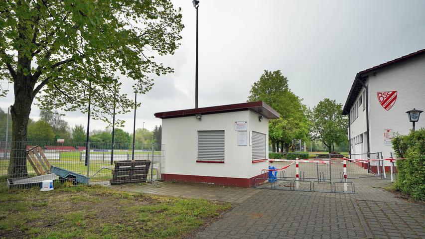 Mit deutlichem Abstand zu den drei größten Klubs folgt ein dicht gedrängtes Feld. Platz 4 nimmt der BSC Woffenbach (1295) aus dem Neumarkter Westen ein. Zugpferd sind die Fußballer in der Landesliga.