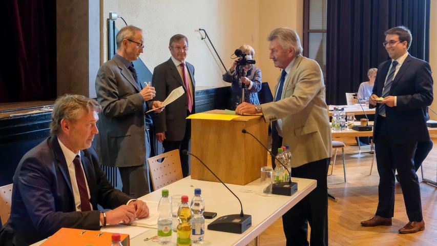 Herzogenaurach 07.05.20 Ressort: Lokales ..Foto: Günter Distler; Vereinsheim, Konstituiernde Sitzung des Stadtrats;