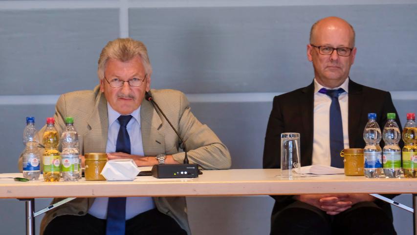 Bernhard Schwab (CSU) links und Stephan Wirth (CSU)