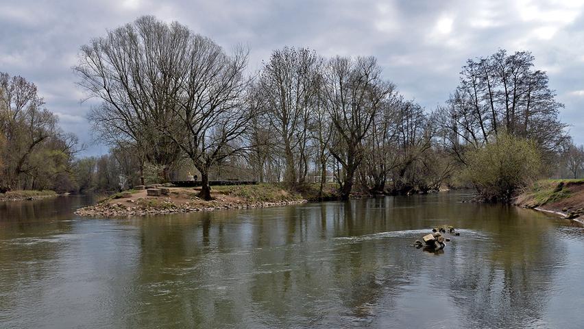 Ein herrliches Ausflugsziel in der Region ist auch der Zusammenfluss von Rednitz und Pegnitz zur Regnitz etwas nördlich der Fürther Innenstadt. Hier können Sie wundervoll durch die Flussauen streifen.