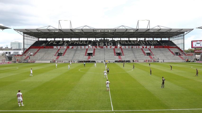 Menschenleeres Millerntor: Die Bilder zur Club-Pleite auf St. Pauli