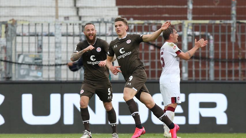 St. Pauli wird dadurch immer stärker, prallt jedoch vorerst weiter an der Club-Abwehr ab. Nicht aber in Minute 84, als Joker Viktor Gyökeres Oliver Sorg stehen lässt und trocken ins lange Eck vollendet.