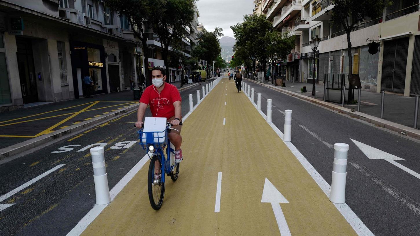 Ein Modell auch für Nürnberg? In Nizza gibt es seit kurzem neu eingerichtete Fahrradstreifen.