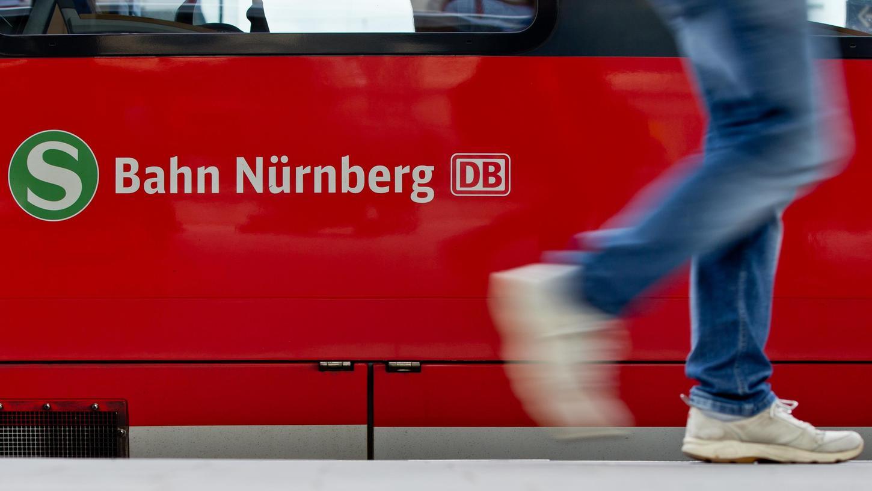Wegen Rauchentwicklung musste die S2 aus Nürnberg in Rednitzhembach gestoppt werden.