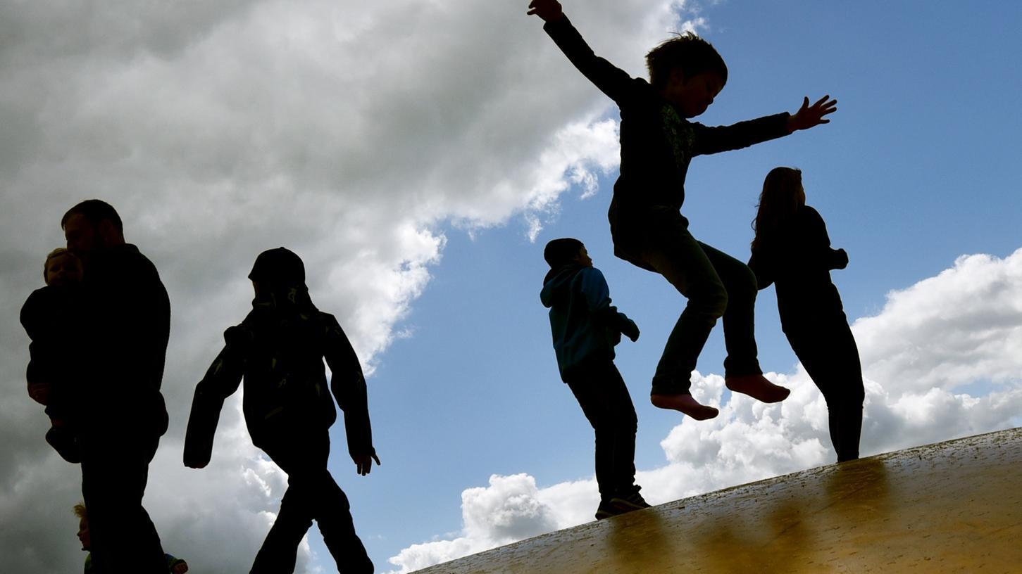 Eltern sollen von Konjunkturpaket ebenfalls profitieren.