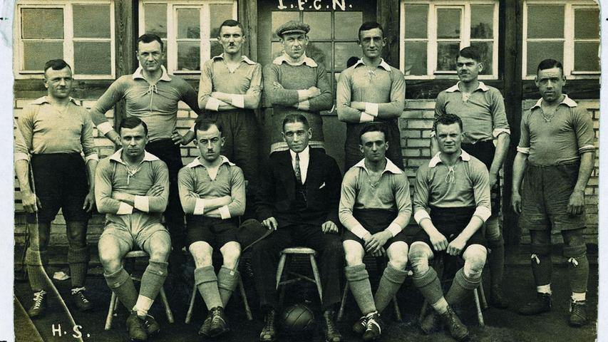 Foto-Schätze von 1920: Der FCN wird gegen Fürth Deutscher Meister