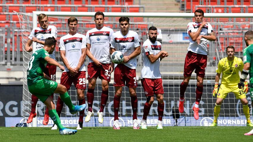 Beim FCN wird's zappenduster: Fürth gewinnt das Derby
