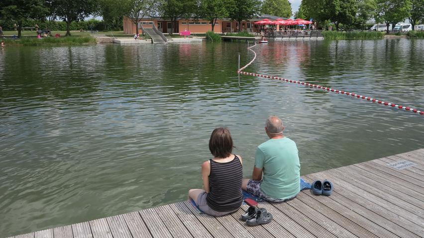 Wer den richtigen Platz erwischt hat, kann ganz in Ruhe die Idylle des Sees genießen.