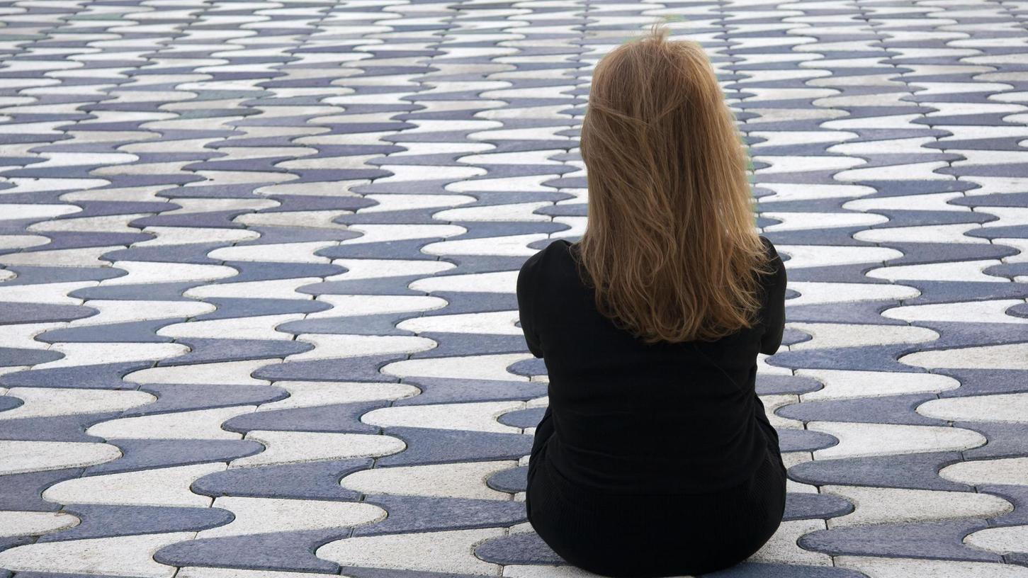 Für schwer Depressive ist ein Anruf beim Krisendienst oft der letzte Ausweg aus einer verzweifelten Lage.