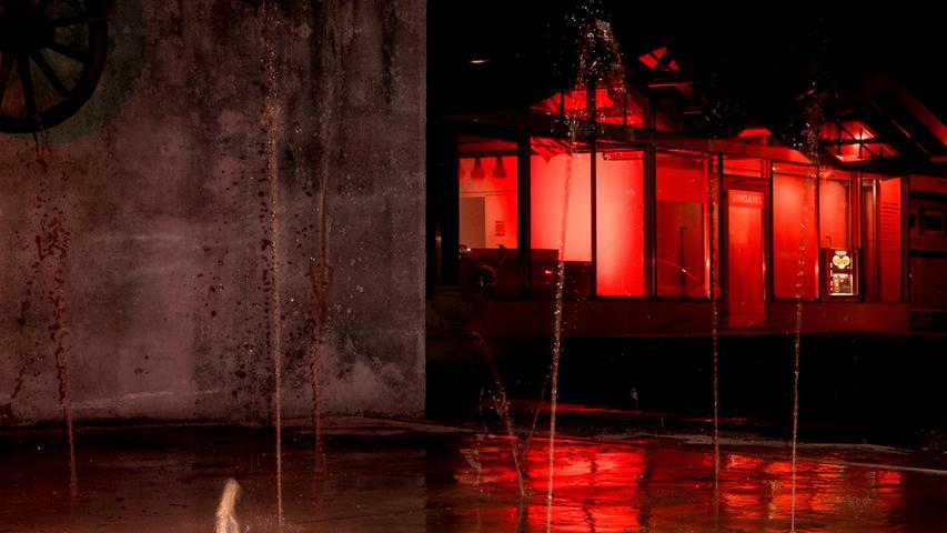 Night of Light taucht ganz Nürnberg in Rot