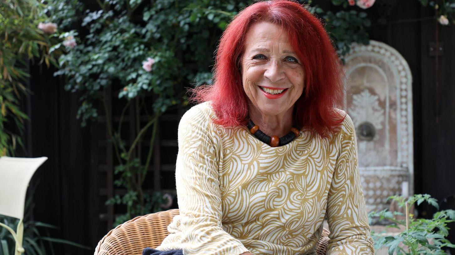 Hartnäckig und engagiert setzt sich die Nürnbergerin Brigitte Gall für Flüchtlingsfamilien ein. Für ein syrisches Mädchen ist sie zu einer Art Zweit-Mama geworden.
