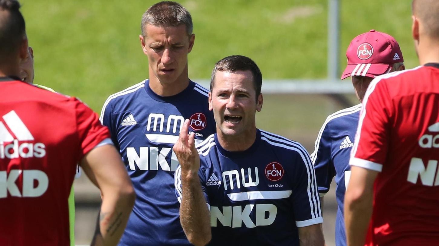 """""""Alles geben für den Club"""": Michael Wiesinger und Marek Mintal, hier im Juli 2013, nehmen heute die Relegationsvorbereitung auf."""