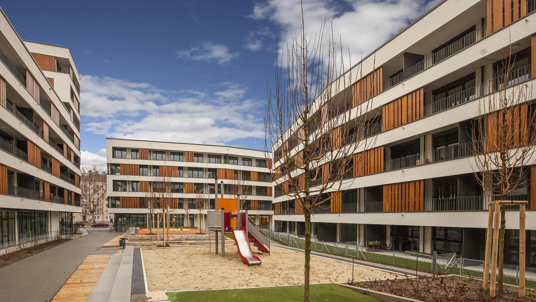 Bauen hilft: Die wbg hat zum Beispiel in Sündersbühl diese frei finanzierten und geförderten Wohnungen gebaut und dafür den Deutschen Bauherrenpreis gewonnen.