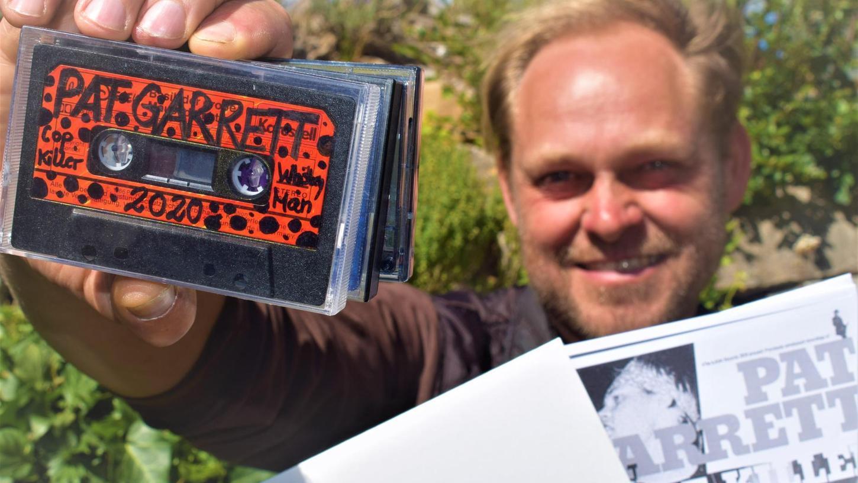 """Vor einem Vierteljahrhundert hat sich die Rother Band """"Pat Garrett"""" aufgelöst. Billy Wechsler, damals Sänger des Quartetts, hat der Vergangenheit nun ein Kunstprojekt abgelauscht, das er ab 15. Juli in seinem """"Museum für regionale Kunst"""" zeigt."""