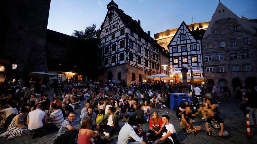Trotz Corona: Erneut Menschen-Auflauf in Nürnberger Innenstadt