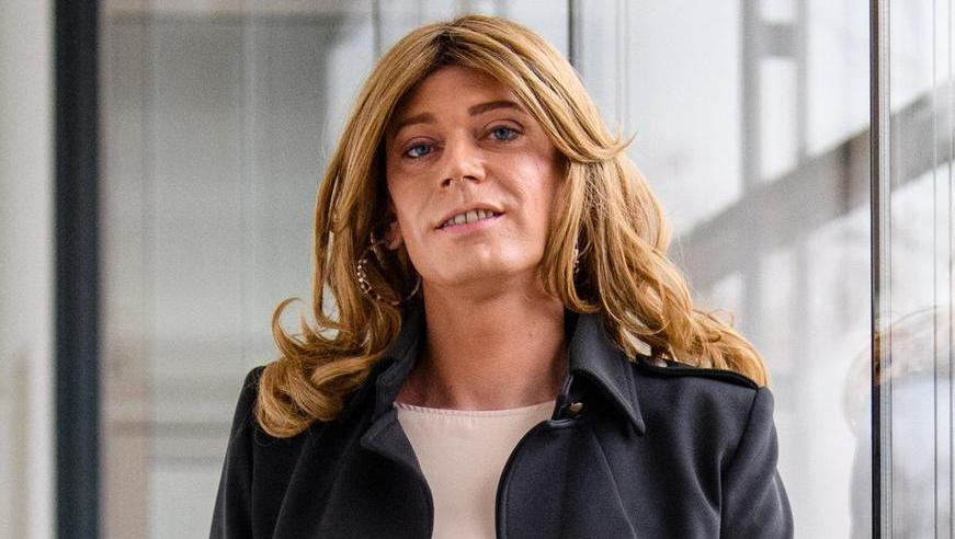 Nach Jahrzehnten im Verborgenen lebt Tessa Ganserer ihr wahres Geschlecht nun offen. Doch der Staat stellt Transidenten noch immer hohe Hürden in den Weg.