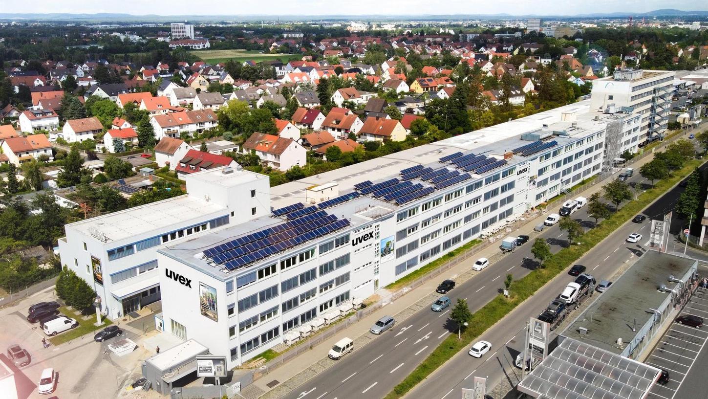 In den 200 Meter langen Komplex an der Würzburger Straße, hier eine firmeneigene Darstellung, werden n Kürze Uvex-Mitarbeiter einziehen.