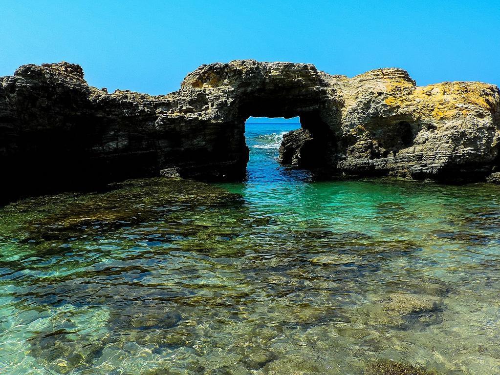 Eine von vier Griechischen Inseln, die von Nürnberg aus direkt zu erreichen ist, ist Kos. Auch hier erwartet einen das warme Mittelmeer, traumhafte Strände und Entspannung pur.