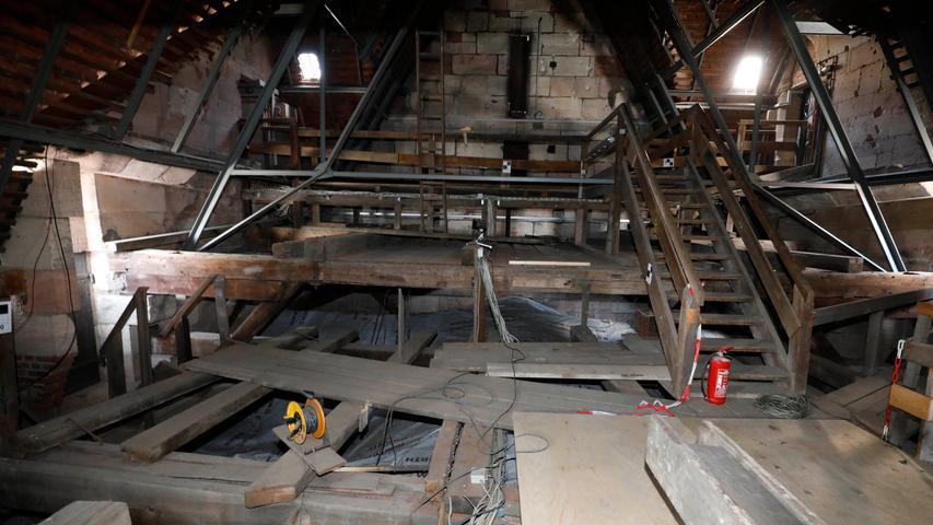 Beeindruckende Bilder: So läuft die Sanierung der Lorenzkirche ab