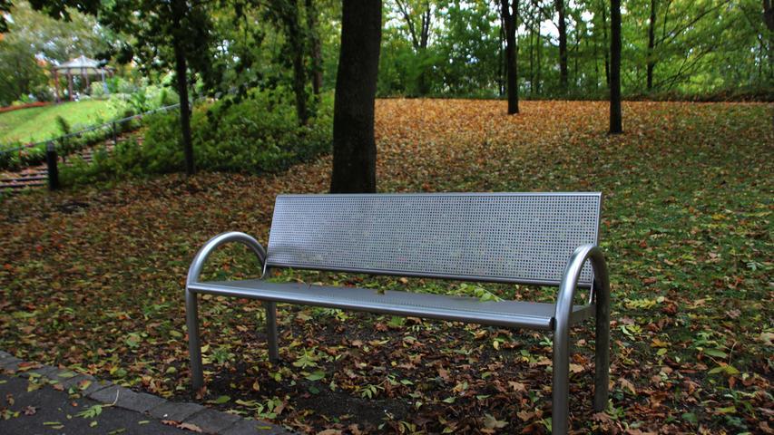 Motiv: Wetterbilder Oktober 2017 Schmuckbild Stimmung Kurpark Ruhebank ausruhen relaxen Erholung Sinne Gedanken Foto: Frank Wiemer