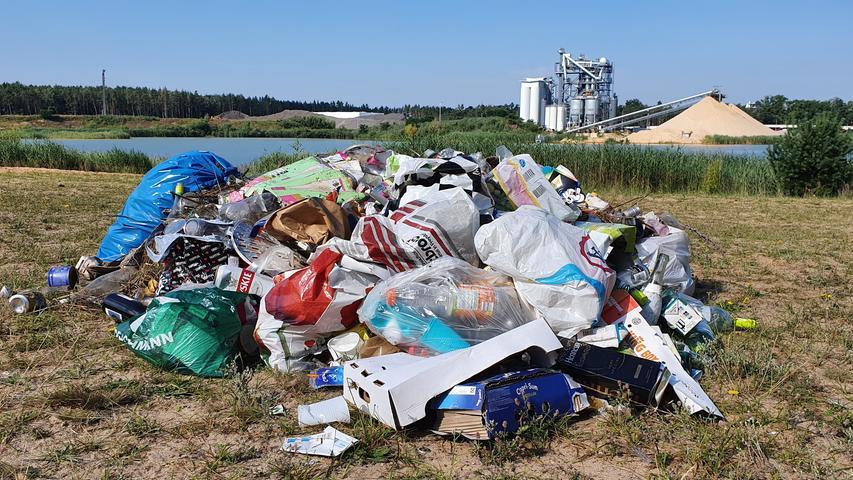 Der Müll und der Baggersee