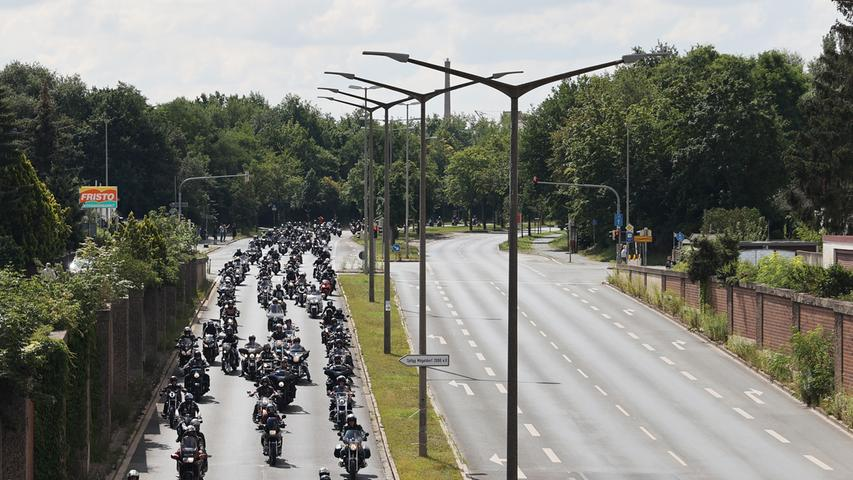 Nürnberg , am 18.07.2020..Ressort: Lokales Foto: Eduard Weigert.., {even..Motorrad Demo gegen Fahrverbote