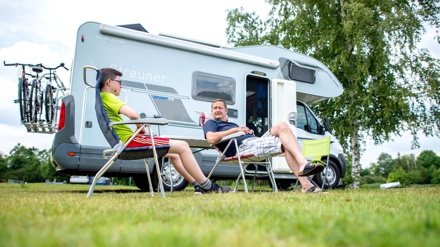 Warum in die Ferne schweifen, wenn das Gute liegt so nah? Camping-Fans und solche, die es werden wollen, finden auch in Mittelfranken tollen Standplätze.