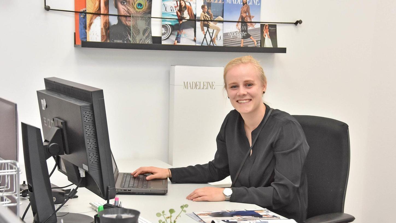 """Sie hat gelernt, wie man ein Einkaufserlebnis im Internet beschert: Franziska Jabusch ist Mittelfrankens erste """"Kauffrau im E-Commerce""""."""