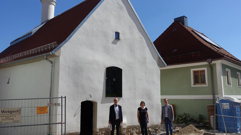 """Eine """"Ideenschmiede"""" und ein """"Ort des Treffens"""": In Lauterhofen nimmt die Alte Mälze immer mehr Gestalt an, die Sanierungsarbeiten laufen weiter. Im denkmalgeschützten Gebäude ist derzeit der Innenausbau im Gange."""