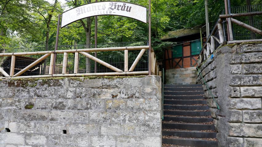 Der Mahrs Bräu Keller der Bamberger Brauerei Mahr hat nur während des Annafestes geöffnet. Daher: Aktuell geschlossen.