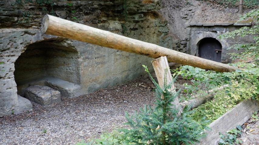 Auch der Blümleins-Keller ganz oben im Kellerwald ist heuer verwaist:  Ka Annafest, kein Betrieb.