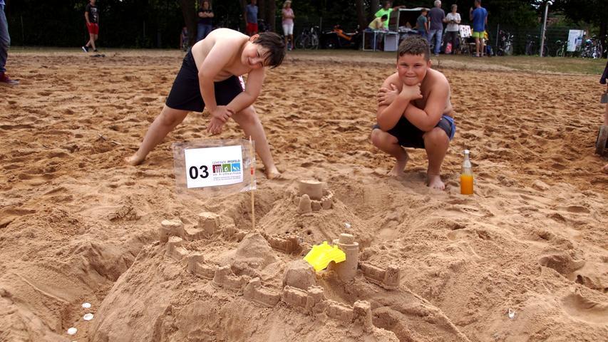 Sandskulpturen-Wettbewerb Langlau Foto: Horst Kuhn 25. 7. 2020