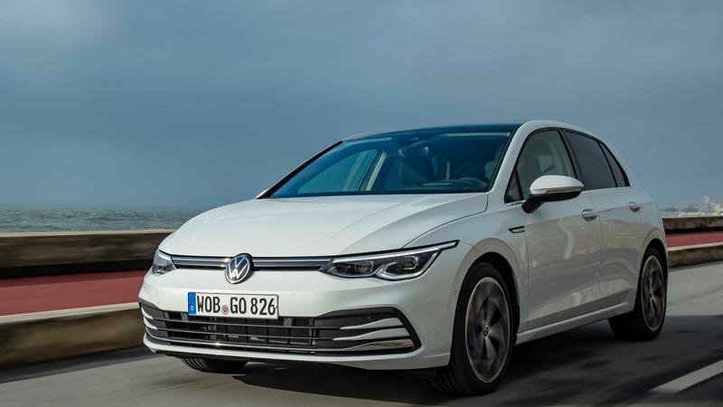 Den Golf 1.5 TSI treibt ein 1,5-l-Benziner mit 110 kW/150 PS an, ausgestattet mit Ottopartikelfilter und temporärer Zylinderabschaltung (ACT), die im Teillastbetrieb zwei der vier