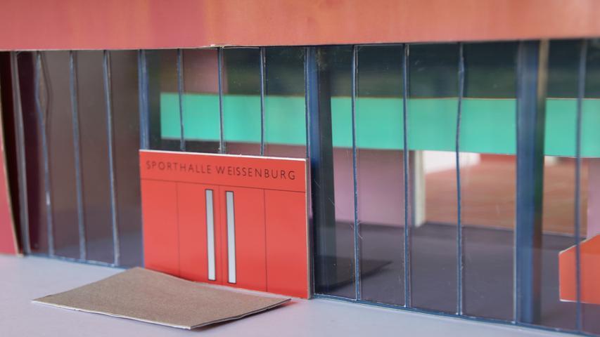 Zum Seeweiher hin soll eine Glasfront die neue Mehrzweckhalle öffnen.
