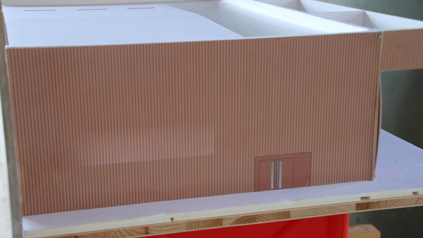 Hier sieht man gut die Flächigkeit der Kupferfassade.