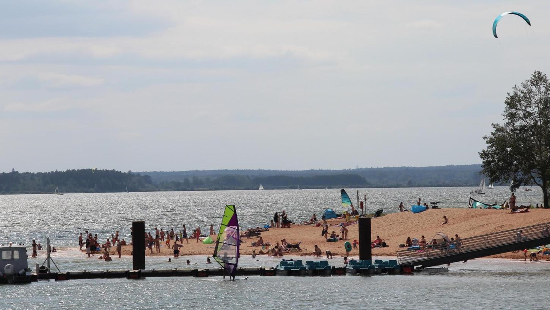Wem gehört das Seenland? Darum dreht sich auch die Diskussionen um die Center-Parcs-Pläne für das Muna-Areal bei Langlau. Es gibt unterschiedliche Auffassungen. .