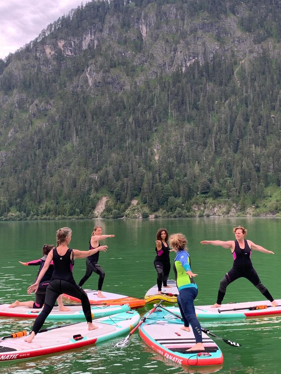 Yoga auf dem Silvensteinsee