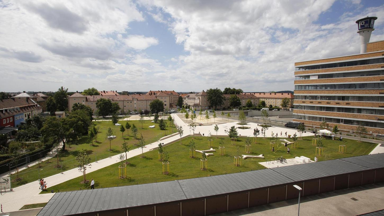 Eine neue grüne Attraktion ist der Quellepark neben dem früheren Versandhauskomplex an der Wandererstraße in Eberhardshof.