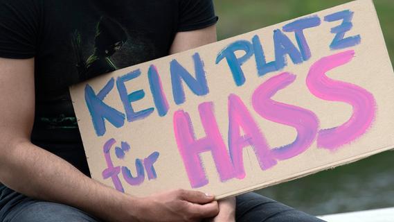 Kampf gegen Hass im Netz: Staatsanwaltschaft München zieht Fazit