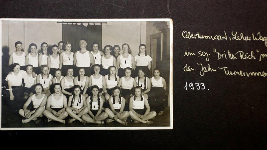Auch im Dritten Reich wurde sich körperlich ertüchtigt, dieses Bild von Jahn-Turnerinnen entstand 1933.