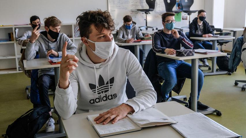 Ob digitale Schulstunden oder Wechselunterricht (weniger Kinder auf einmal im Raum); Bildung ist in der Pandemie ein Riesenthema.