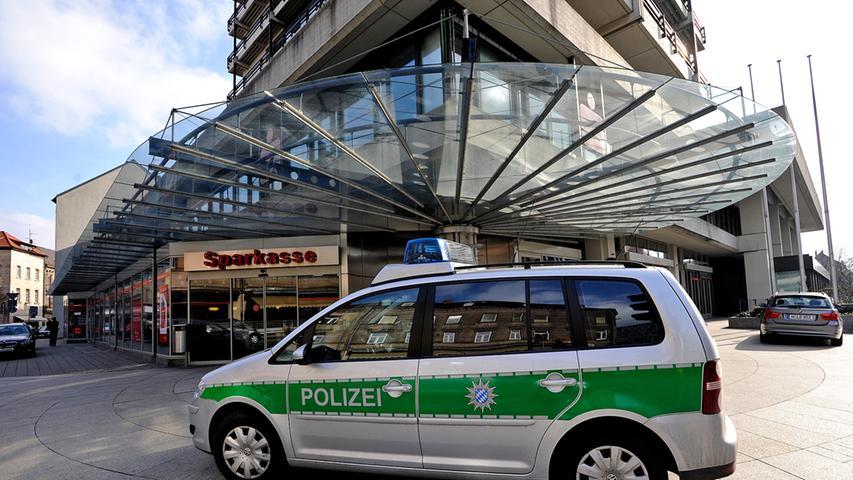 Bilder: Banküberfall in Fürth