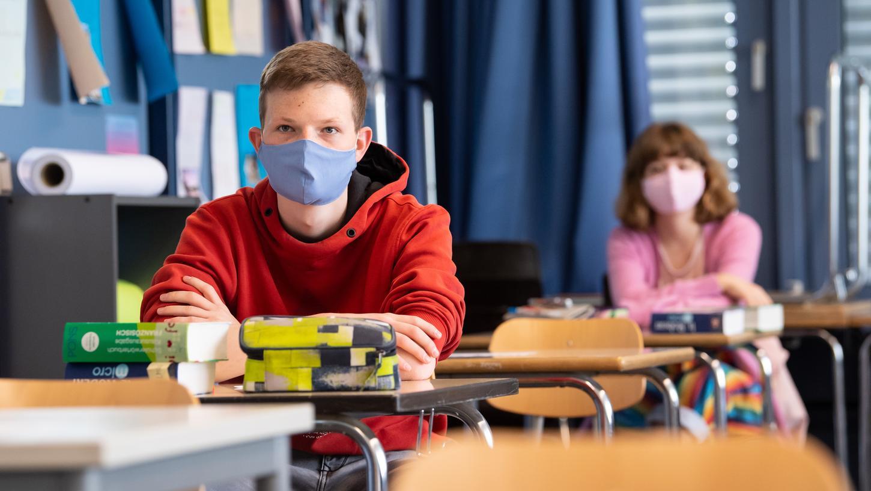 Für zwei Nürnberger Berufsschulklassen heißt es künftig: Distanz- statt Präsenzunterricht.