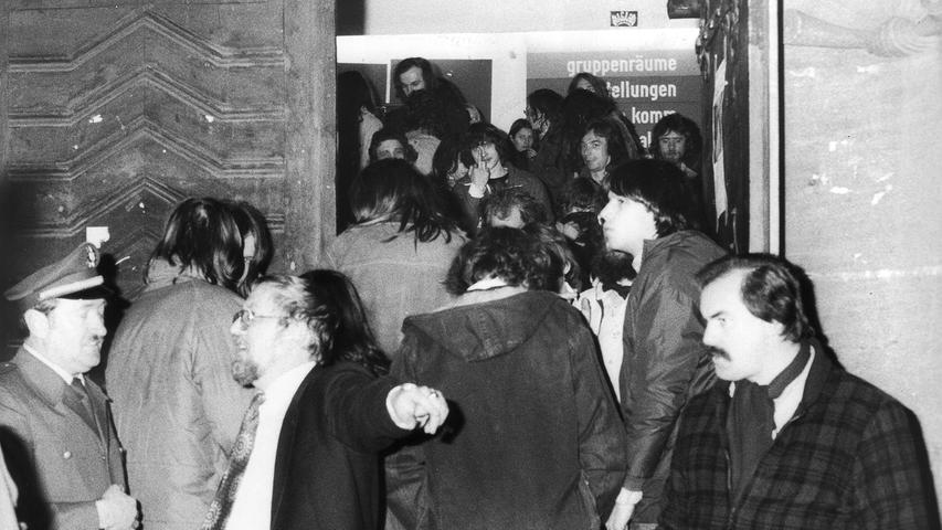 Neben Nürnberg kam es auch in den Städten Erlangen, Fürth und Bamberg zu Hausbesetzungen. Am 18. Februar 1981 wurde das leer stehende Wohngebäude in der Johannisstraße nach fast zweimonatiger Besetzung durch die Polizei geräumt. Dabei mussten 17 Personen ihre Fingerabdrücke abgeben und wurden fotografiert. Schon am selben Abend kam es zu einer erneuten Besetzung eines leer stehenden, städtischen Gebäudes.